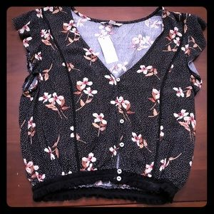 American Eagle floral crop top - brand new!